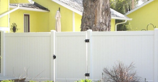 Cleaning Your Colorado Vinyl Fence Vinyl Fence Materials